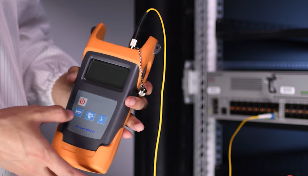 TX/RX Optical Power of Transceiver Tested by Optical Power Meter