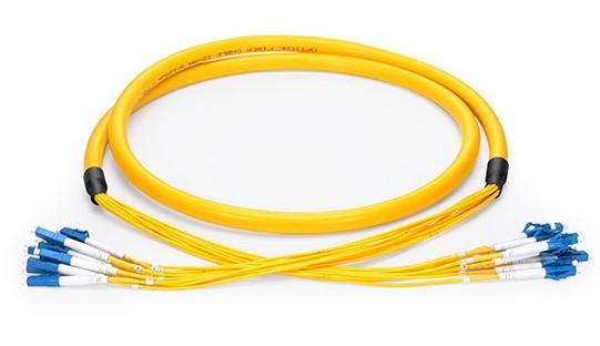 Cable fibra interior
