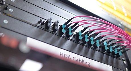 https://media.fs.com/images/community/uploads/post/202006/23/9-mpo-cabling-system-5.jpg