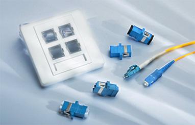 https://media.fs.com/images/community/uploads/post/en/news/images_small/10-fiber-optic-wall-plates.jpg