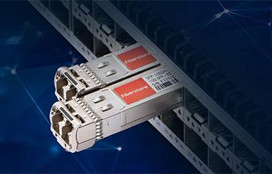 https://media.fs.com/images/community/uploads/post/en/news/images_small/17-hp-compatible-transceiver.jpg