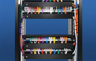 https://media.fs.com/images/community/uploads/post/en/news/images_small/20-fs-cable-managers.jpg