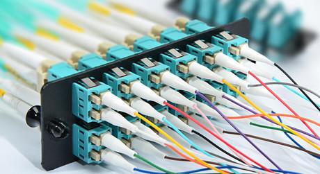 https://media.fs.com/images/solution/fiber-optic-pigtail.jpg