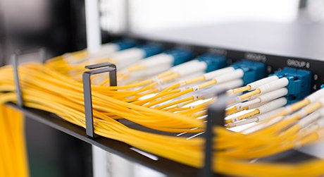 https://media.fs.com/images/solution/fiber-patch-cable.jpg