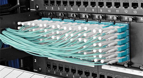 https://media.fs.com/images/solution/lc-connector.jpg
