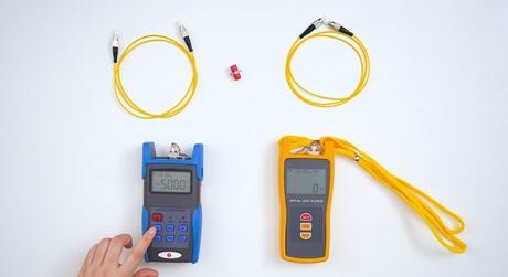 https://media.fs.com/images/solution/optical-power-meter.jpg
