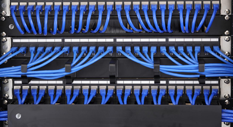 https://media.fs.com/images/solution/patch-panel-vs-switch.png